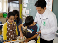 農林水産省 にっぽん食育推進事業 ごはんパワー教室(朝霞第六小学校)2回目